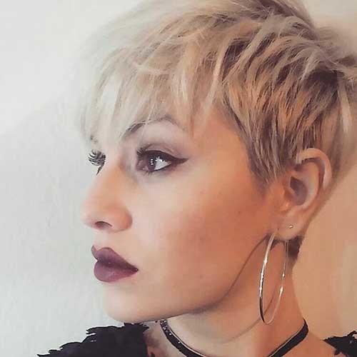 Pixie-Cut-with-Choppy-Bangs Chic Short Hair Ideas with Bangs