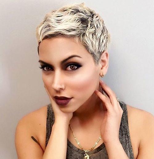 Platinum-Pixie-1 Best Pixie Cuts for Blonde Hair