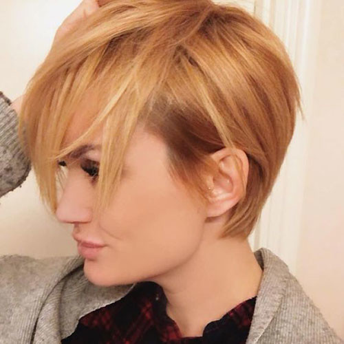 Rose-Gold-Pixie Trendy Hair Colors for Short Hair for Ladies