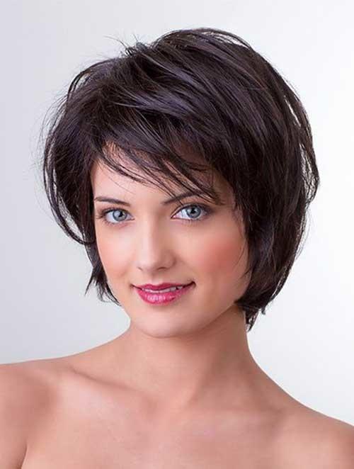 Shaggy-Haircut-for-Thick-Hair Flattering Layered Short Haircuts for Thick Hair