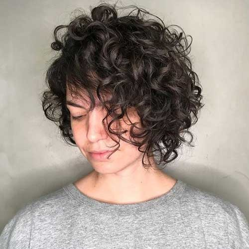 Short-Layered-Bob-for-Curly-Hair Curly Bob Hairstyles for Chic Women