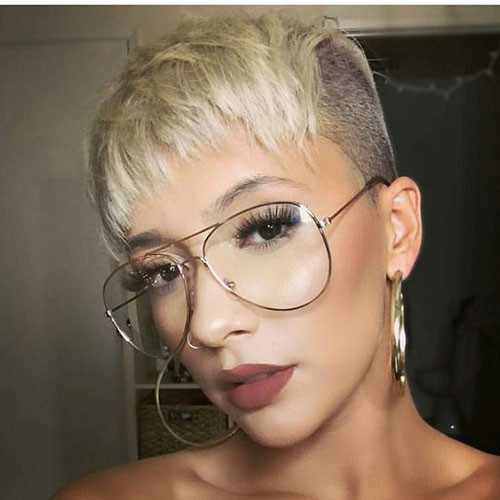 Short-Side-Pixie-1 Best Pixie Cuts for Blonde Hair