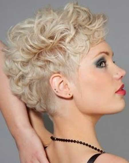 Short-Trendy-Curly-Haircuts-13 Short Trendy Curly Haircuts