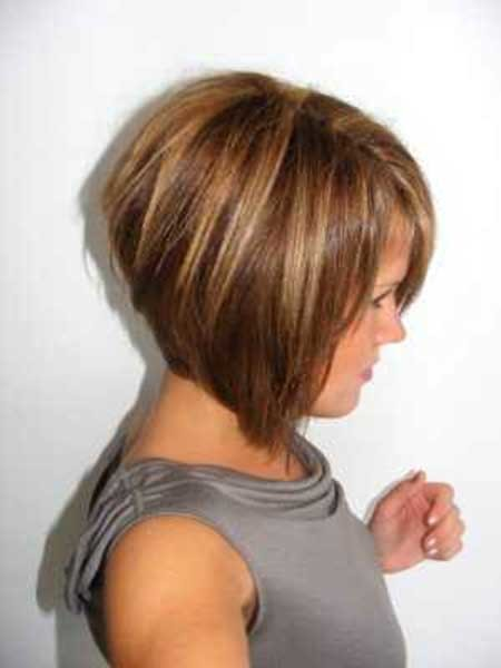 Short-and-straight-Bob-Hairdo-with-Bouncy-Back Pics of Bob Hairstyles 2019