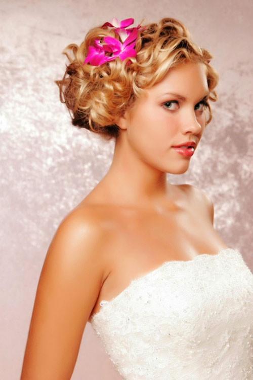 Short-bridesmaid-hairstyles-2019 Short Wedding Hair Ideas