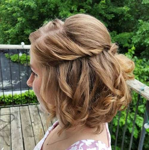 Simple-Twisted-Hairstyle-for-Short-Hair Simple Short Hairstyles for Pretty Women