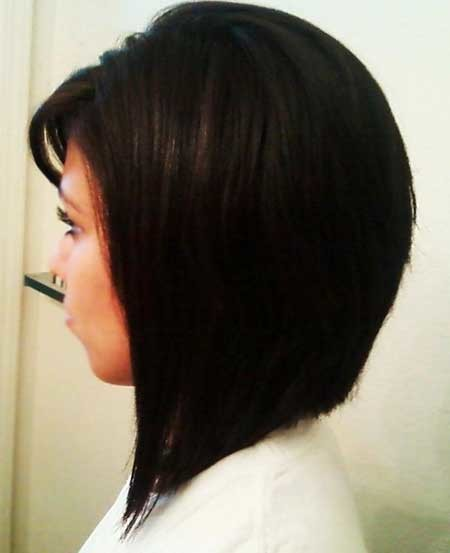 Straight-and-Blunt-Side-Swept-Bob-Hairstyle Pics of Bob Hairstyles 2019