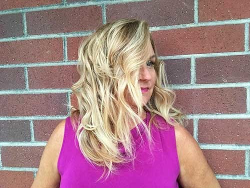 Wavy-Long-Bob Most Magnetizing Hairstyles for Curly and Wavy Hair