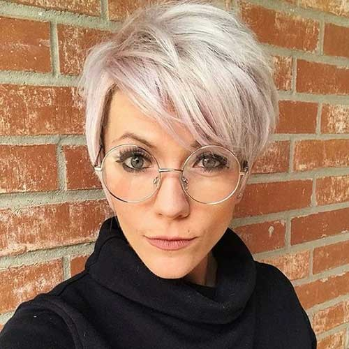 Wavy-Short-Pixie Simple Short Hairstyles for Pretty Women