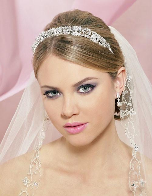 Wedding-hairstyles-for-short-hair-with-veil Short Wedding Hair Ideas