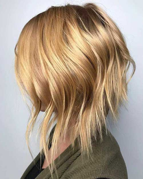 Blonde-Inverted-Bob Wavy Short Hair Styles for Chic Ladies