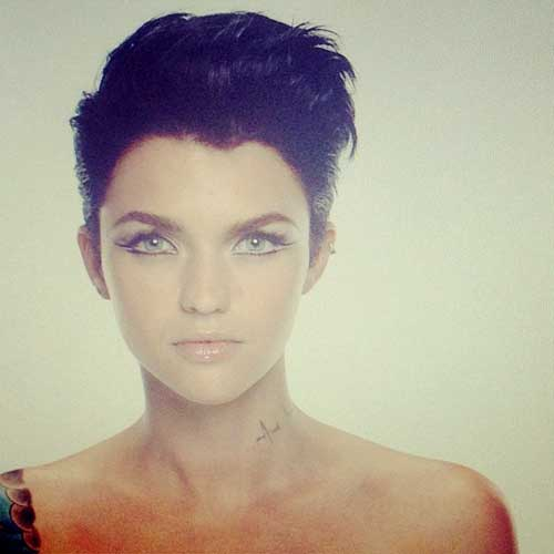 Celebrity-Short-Haircuts-5 Top Celebrity Short Haircuts