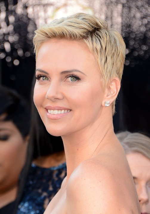 Charlize-Theron-Short-Pixie-Cut-for-Women Popular Short Hairstyles for Women 2019