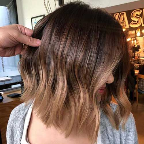 Color-Melt-Hair-Brown Wavy Short Hair Styles for Chic Ladies
