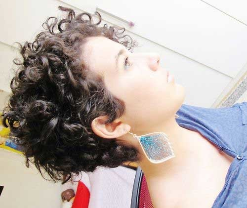 Cute-Short-Natural-Curly-Hair Cute Short Haircuts For Curly Hair