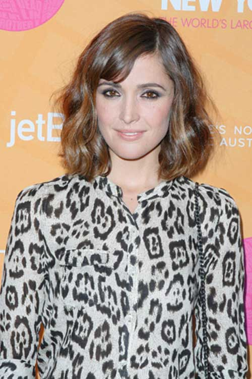 Cutest-Thin-Bangs-on-Brown-Wavy-Hair Short Wavy Hairstyles With Bangs