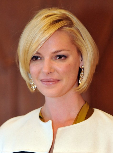 Katherine-Heigl-Short-Straight-Bob-Haircut-for-Women Popular Short Hairstyles for Women 2019