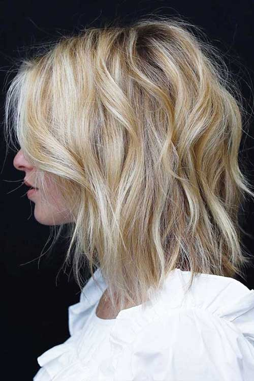 Long-Blonde-Bob Wavy Short Hair Styles for Chic Ladies