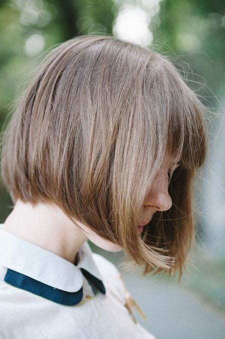 Nice-and-Lovely-Bob-Hair-with-Thick-Strands-of-Cool-Light-Brown-with-White-Highlights-Hair Best Bob Hairstyles 2019