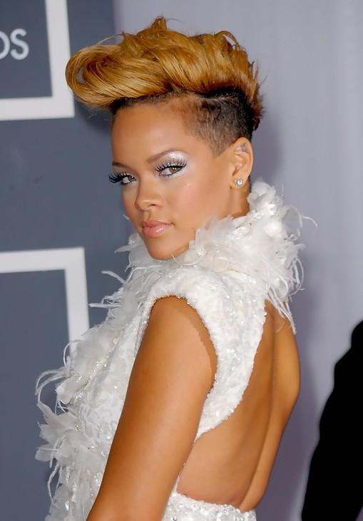 Rihanna-Cool-Stylish-Short-Fauxhawk-Haircut-for-Women Popular Short Hairstyles for Women 2019