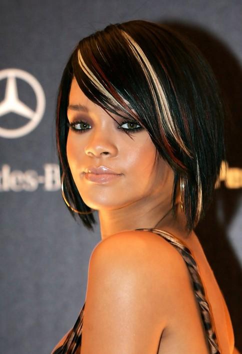 Rihanna-Trendy-Short-Hairstyles-for-Women Popular Short Hairstyles for Women 2019