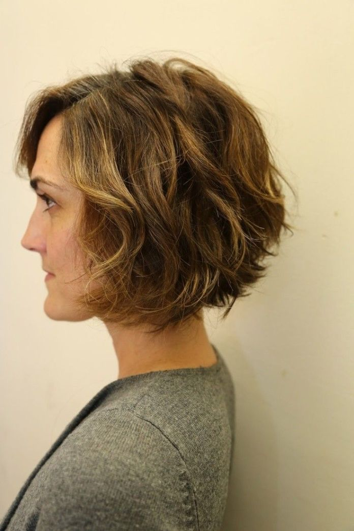 Short-Curly-Layered-Bob-Hairstyle-Back-View Best Short Layered Curly Hair