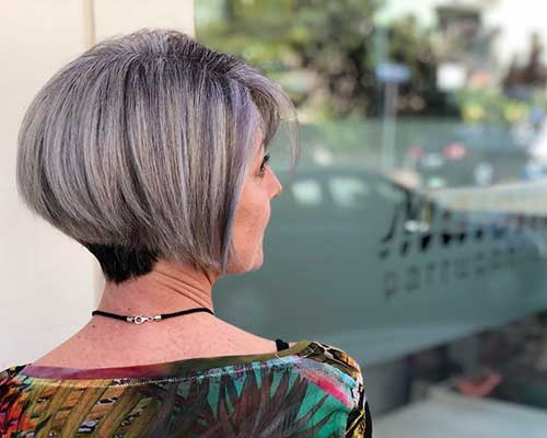 Short-Layered-Haircuts-for-Women-Over-50-006-www.vozsex.com_ Best Short Layered Haircuts for Women Over 50