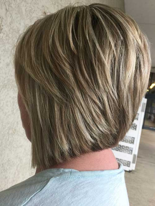 Short-Layered-Haircuts-for-Women-Over-50-036-www.vozsex.com_ Best Short Layered Haircuts for Women Over 50
