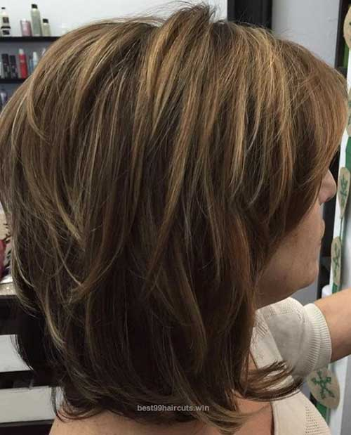 Short-Layered-Haircuts-for-Women-Over-50-042-www.vozsex.com_ Best Short Layered Haircuts for Women Over 50