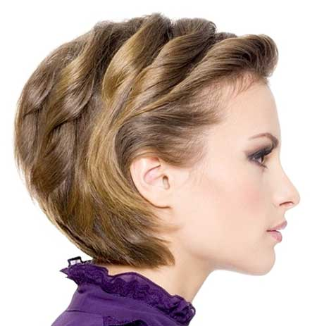 Short-Side-Pinned-Twisted-Wavy-Hairstyle-for-Girls Short Wavy Hairstyles 2019