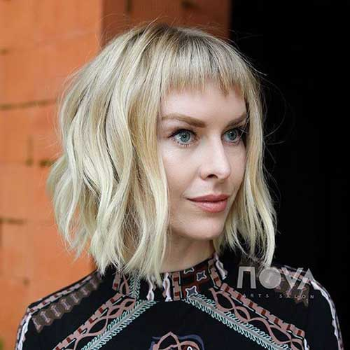 Short-Wavy-Hair-with-Bangs Wavy Short Hair Styles for Chic Ladies