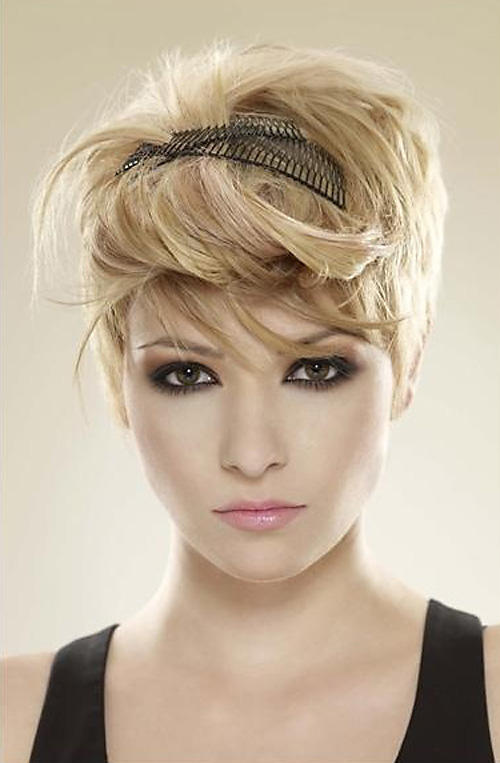 Short-haircuts-with-heavy-bangs Very Short Haircuts with Bangs for Women