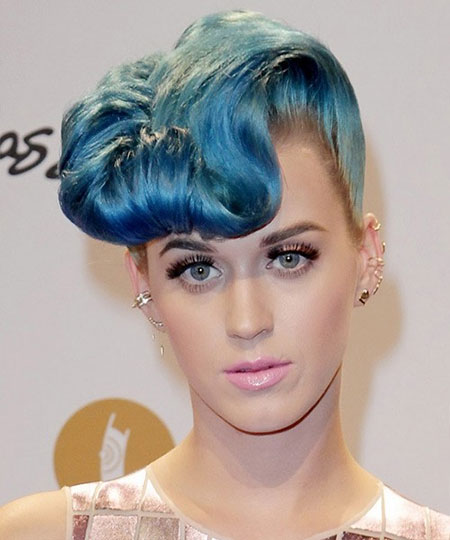 The-Blue-Colored-Curled-Mohawk-Style Short Haircuts and Color Ideas