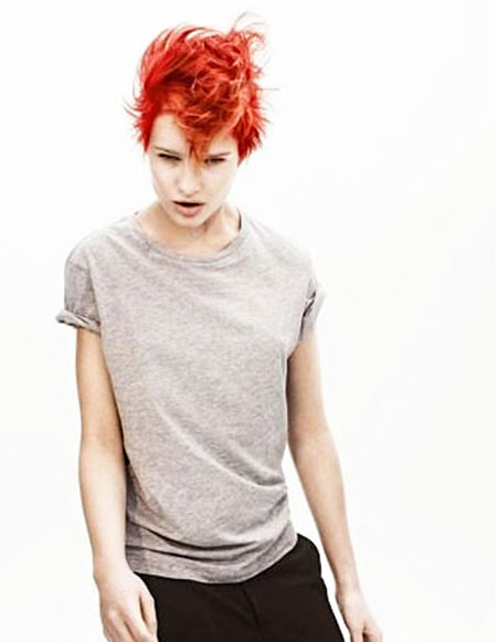 The-Red-Lazy-Mohawk-Hairdo Short Haircuts and Color Ideas