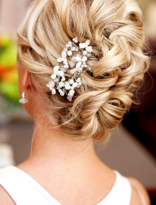 20-glamorous-wedding-updos-for-brides-best-wedding-hairstyles-19 Glamorous Wedding Updos for Brides – Best Wedding Hairstyles