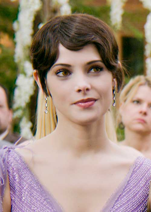 Alice-Cullen's-Short-Hair-with-Long-Bangs Female Celebrity Short Haircuts 2015