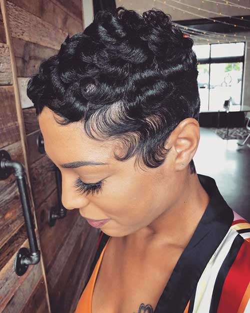 Black-Girls-Hairstyle Latest Short Pixie Cuts for Black Women