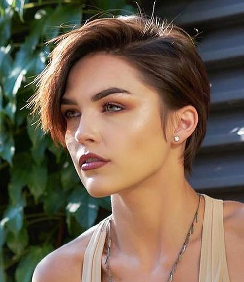 Brown-Pixie-Hair Best Sassy Pixie Cuts 2019