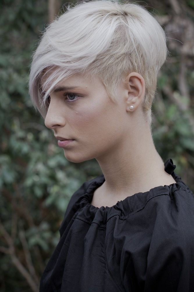 Cool-Shaved-Haircut-for-Short-Hair Beautiful Hairstyles for Thin Hair 2019