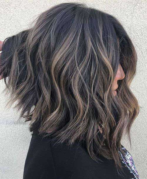 Cute-Inverted-Haircut Easy Hairstyles for Short Wavy Hair with Best Ways