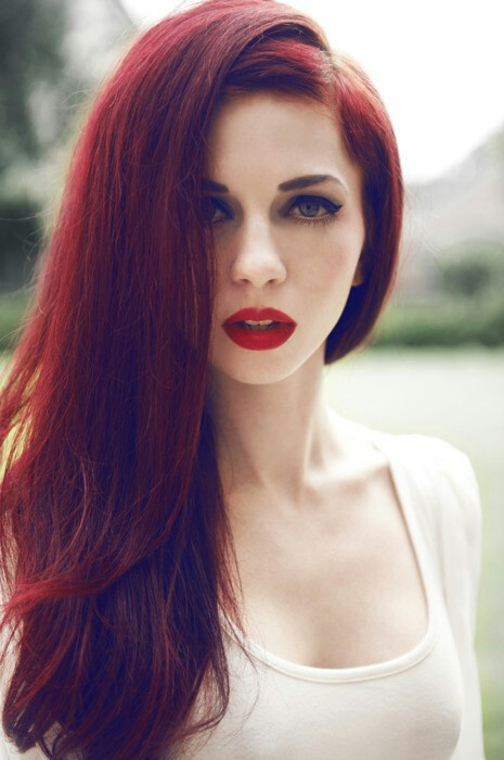 Fluffy-Straight-Tresses Best Hairstyles for Red Hair 2019