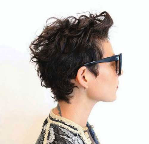 Messy-Curly-Pixie Very Short Curly Hairstyles for Smart Ladies