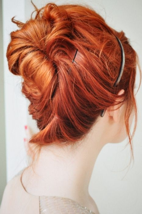 Messy-Updo-for-Medium-Hair Daily Medium Hairstyles for Women 2019