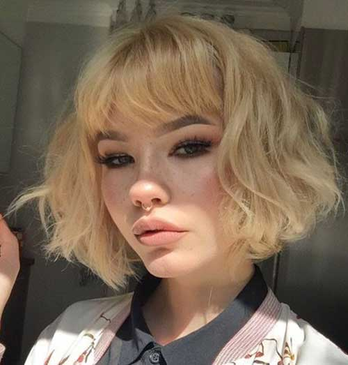 Short-Blonde-Hair-Style-with-Bangs Most Beloved Short Haircuts with Bangs