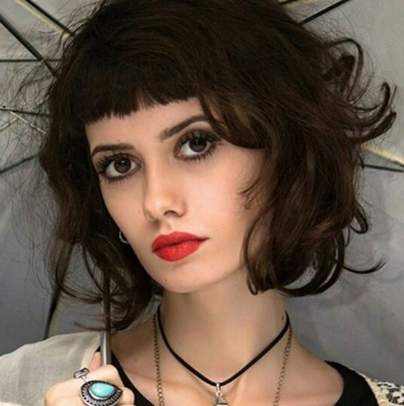 Short-Curly-Hairstyle-with-Bangs Chic Short Hairstyles for Women 2019