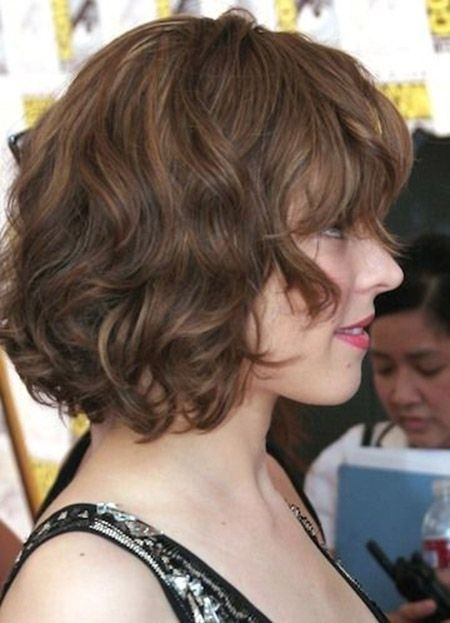Short-Curly-Wavy-Bob-Hairstyle Glamorous Wavy Hairstyles