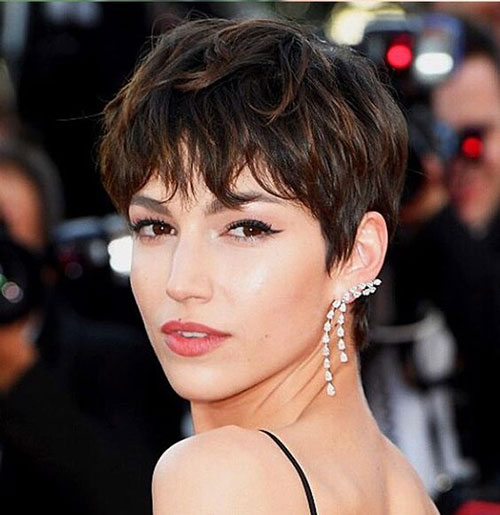 Short-Layered-Haircut Best Sassy Pixie Cuts 2019