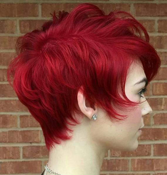 Short-Layered-Hairstyle-for-Red-Hair Chic Short Hairstyles for Women 2019