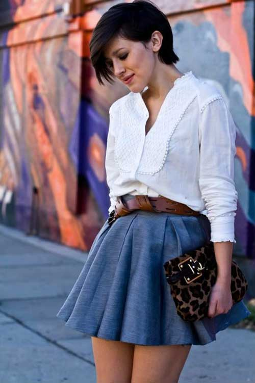 Short-Wavy-Casual-Hairstyle-with-Side-Bangs Casual Short Haircuts