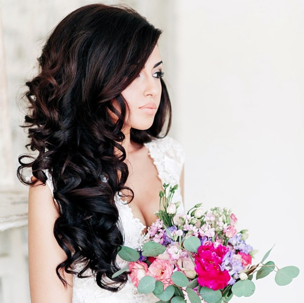 Wedding-Hairstyles-20 Romantic Wedding Hairstyles for 2019
